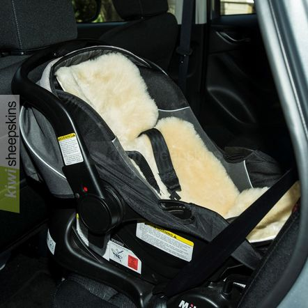 bowron stroller fleece sheepskins baby kiwi sheepskins. Black Bedroom Furniture Sets. Home Design Ideas