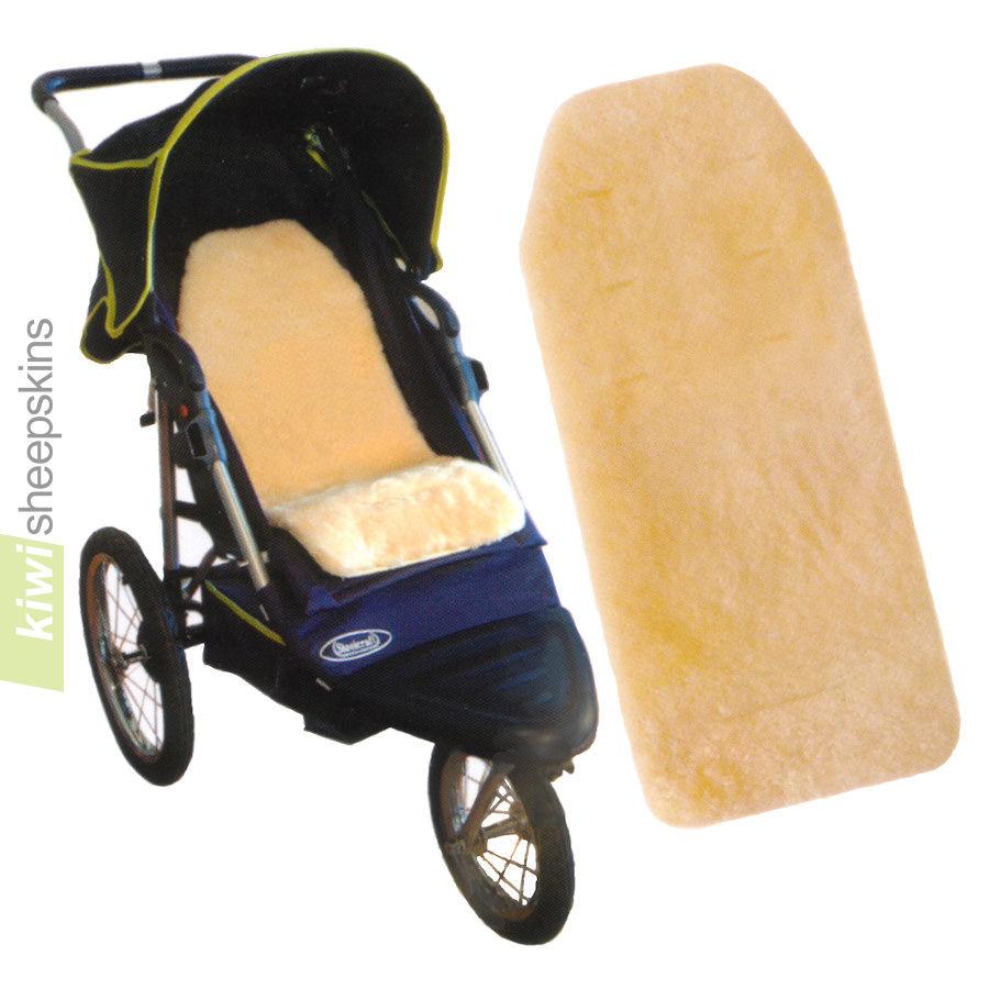 Lambskin pram liner in 3-wheel stroller