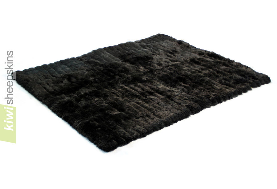 Bowron lambskin minx throw - Black color