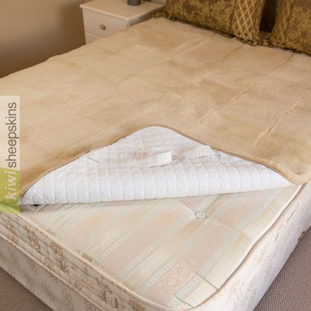Medical sheepskin bed pad / underlay - reverse