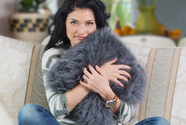 Sheepskin pillows, pet rugs and lambskin accessories