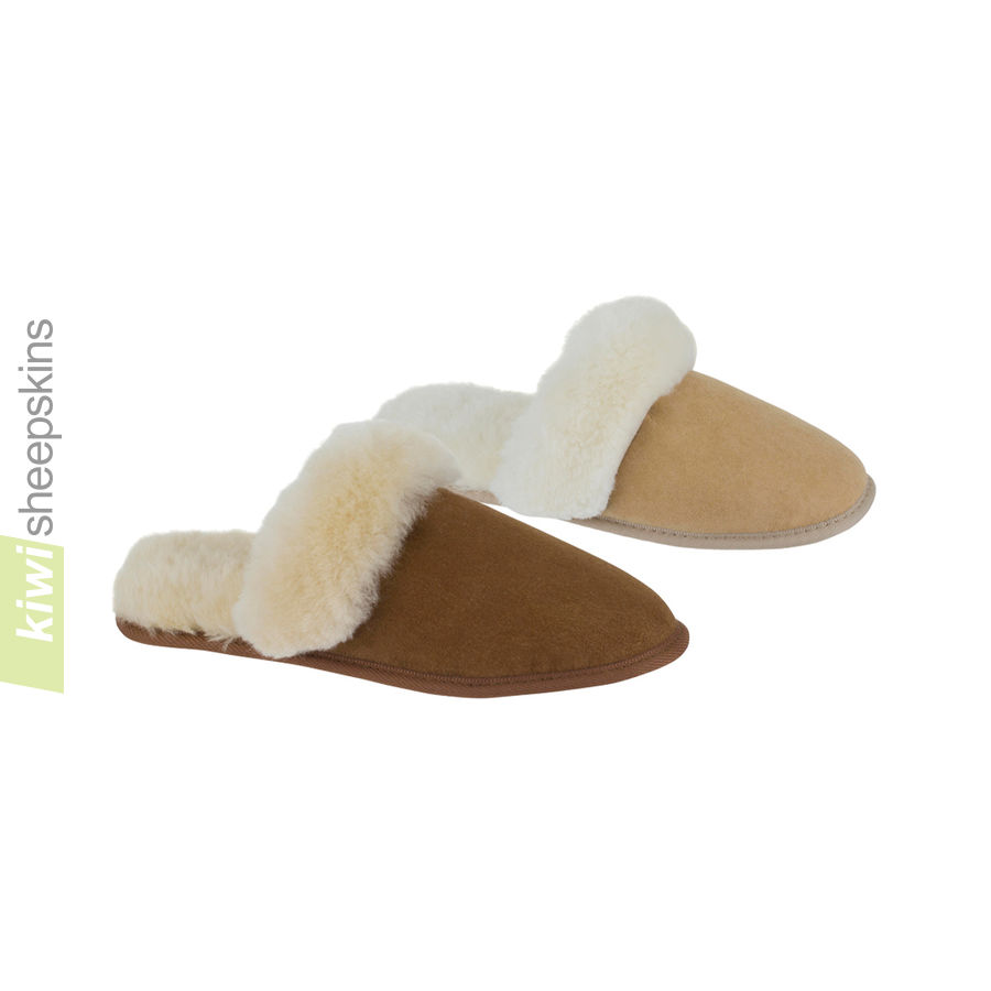 Rolled Collar Scuff sheepskin slippers