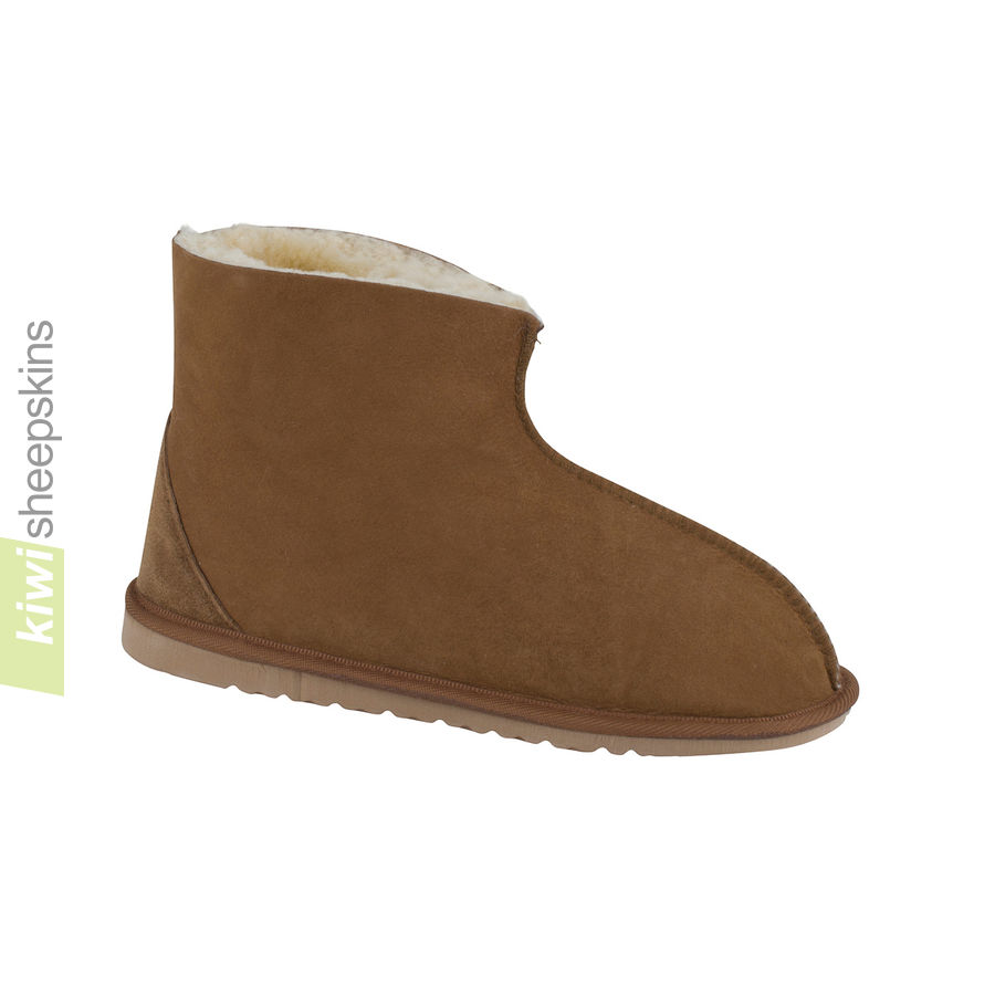 Mens Bedroom Slippers Made In Usa Real Sheepskin Boots From Kiwi Sheepskins New Zealand