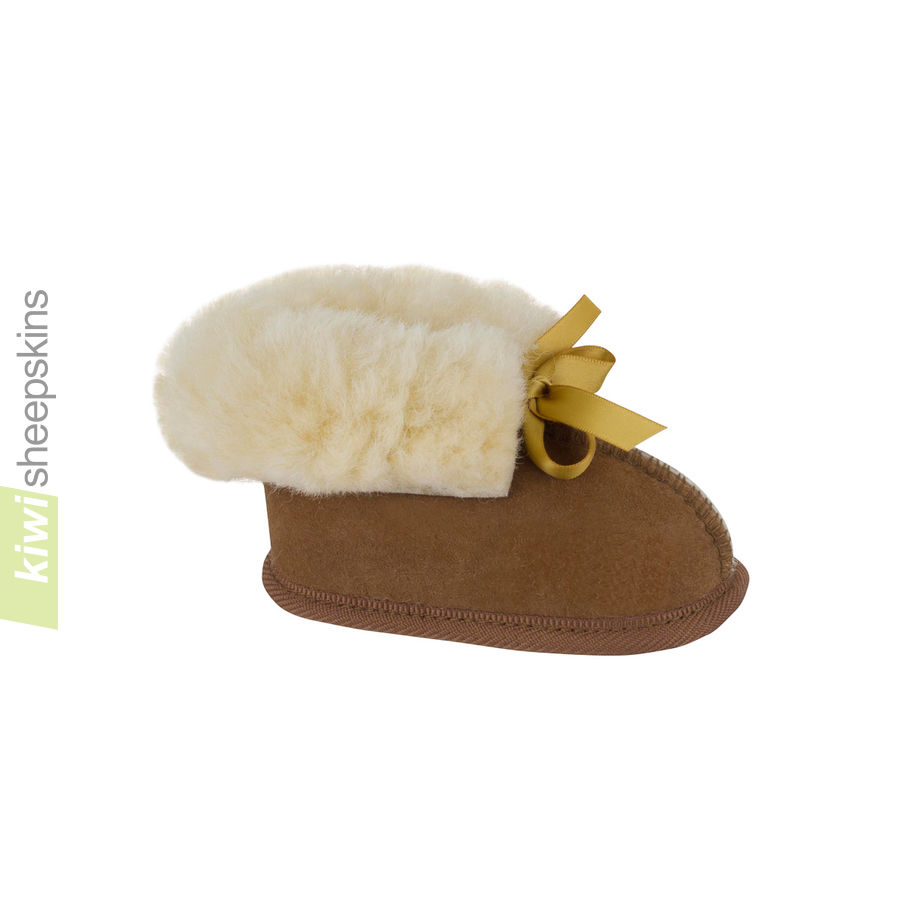 Sheepskin Baby Booties - Chestnut color