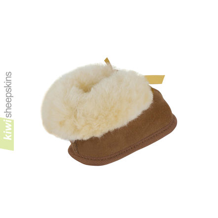 Sheepskin Baby Booties - Chestnut rear