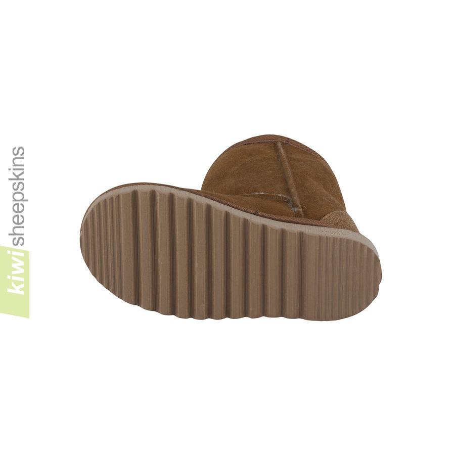Childrens mid calf sheepskin boots - EVA sole