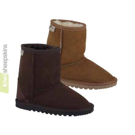 Child sheepskin boots mid calf