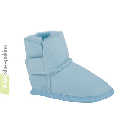 Baby boots in Light Blue color