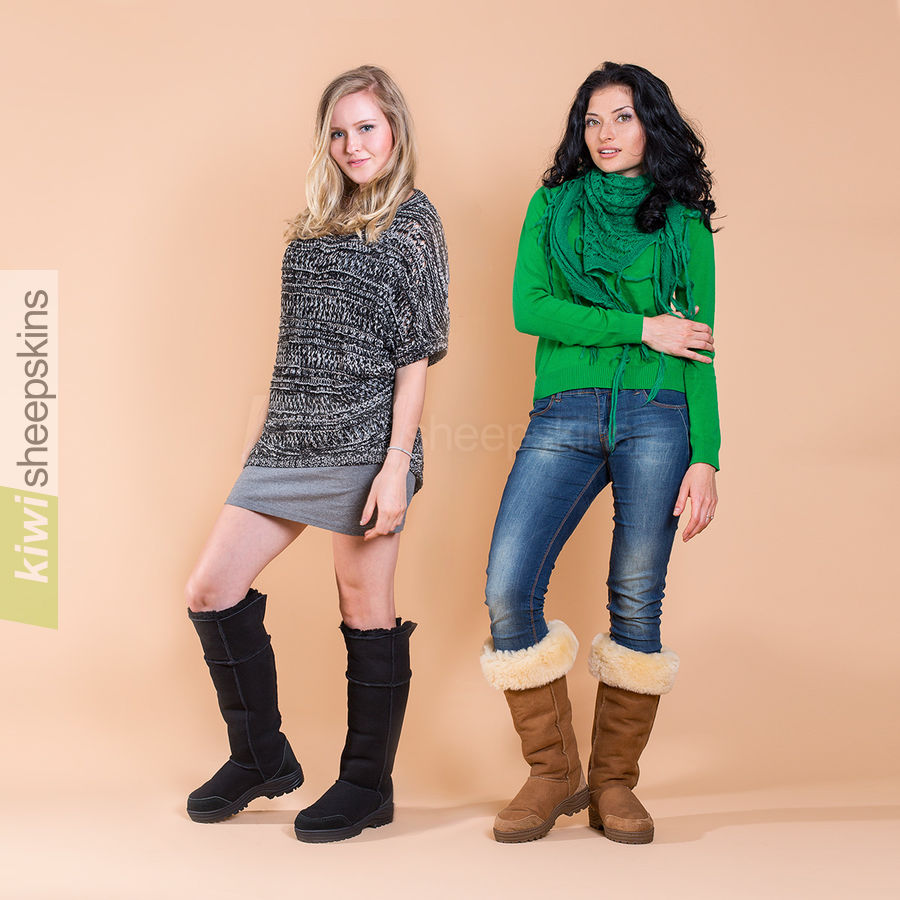 Ladies wearing Musketeer sheepskin boots in Black and Chestnut colors