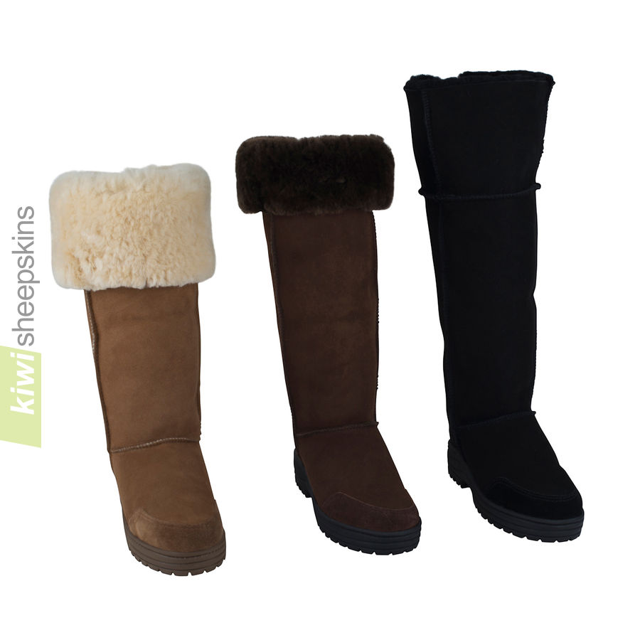 Musketeer sheepskin boot - adjustable boot height - front view
