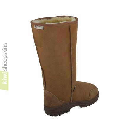 Extra wide calf sheepskin boots - rear view