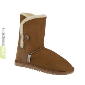 Sheepskin button boots mid height
