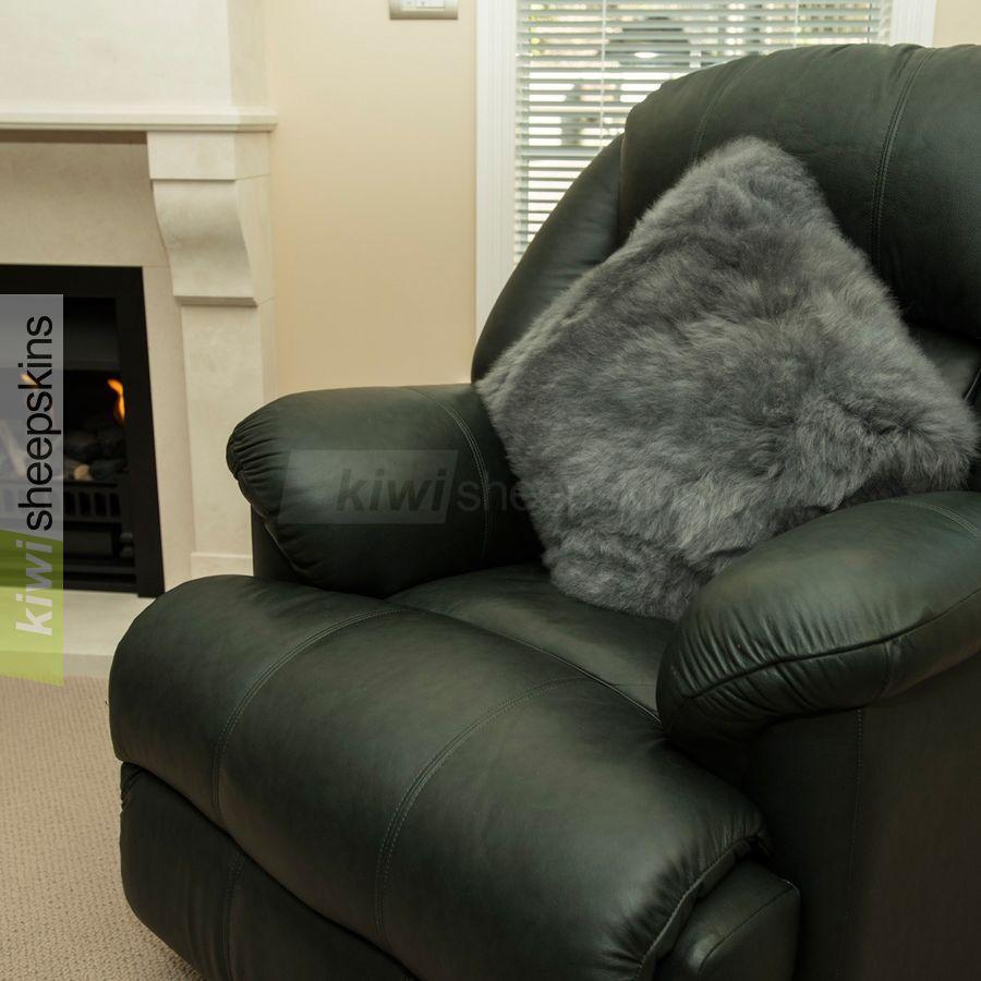 Large sheepskin pillow - Grey