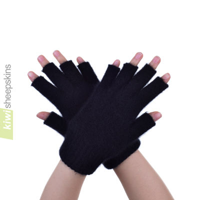 Possum Merino Open Finger Glove: M, Black