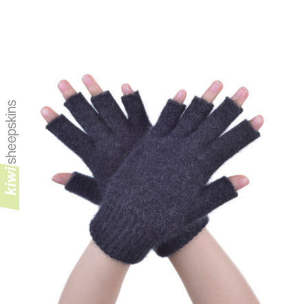 Possum Merino Open Finger Glove: M, Charcoal