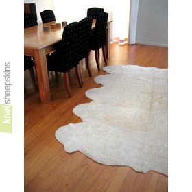 Bowron Zealamb short wool rug