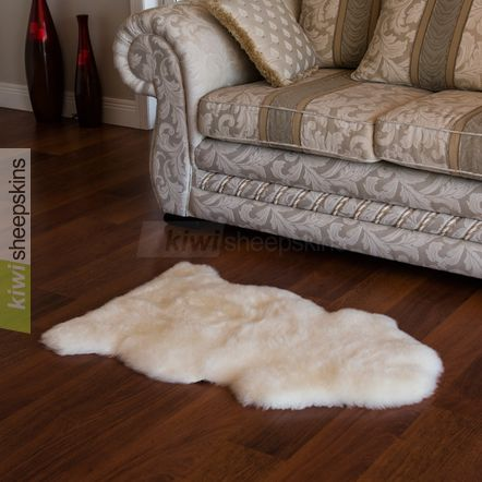 Spring Lamb lambskin rug - Single pelt - Ivory White color