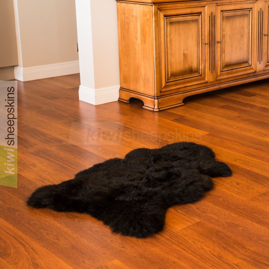 Single XL sheepskin rug - Black color