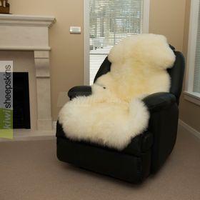 1.5 pelt sheepskin rug