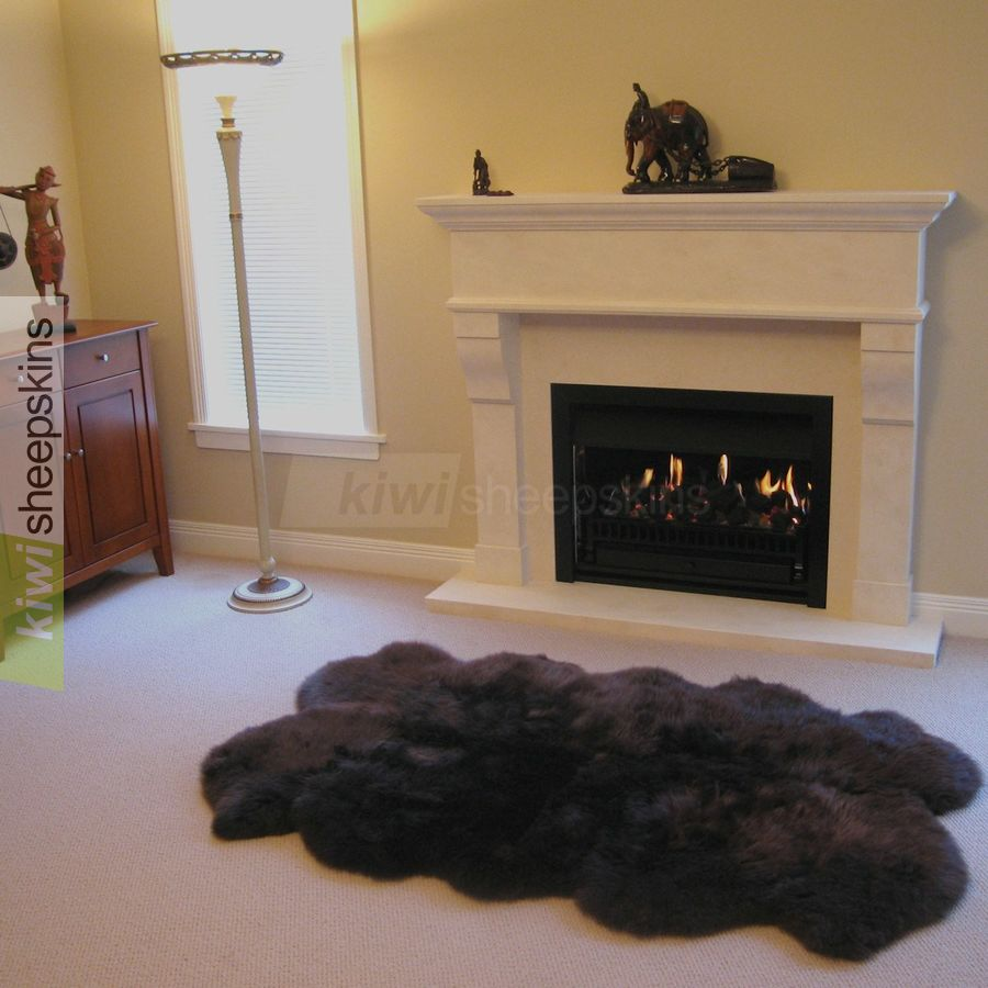 quarto sheepskin rug in chocolate color
