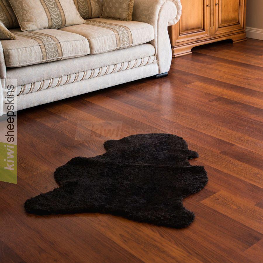 Curly wool single pelt - Chocolate color
