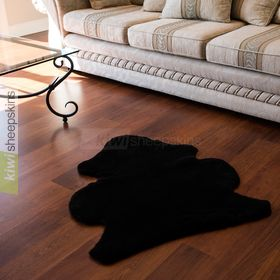 Shorn shearling rugs - natural shape in Black color