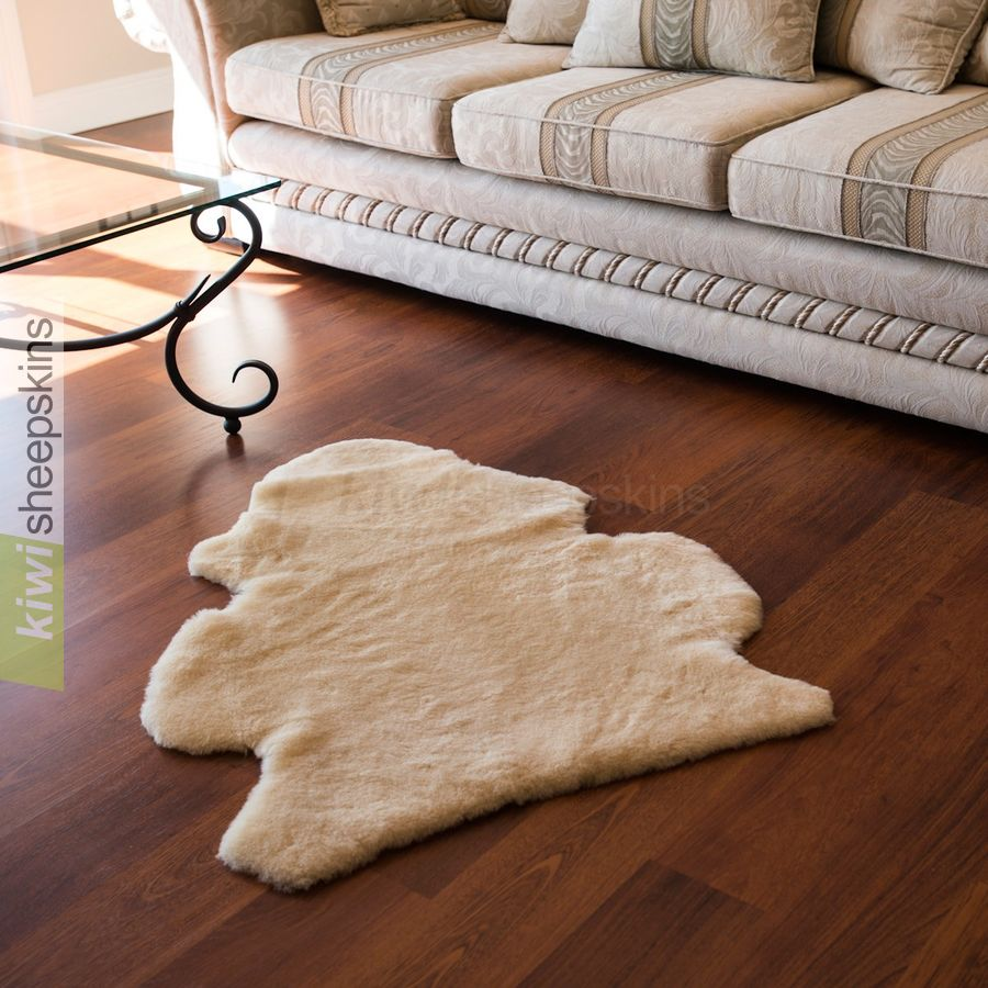 Shorn shearling rugs - natural pelt shape - Honey color